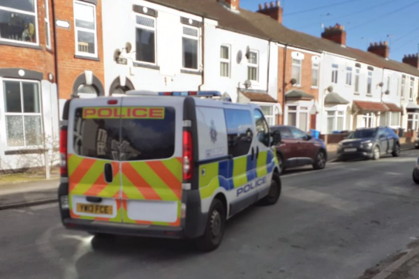 Shock as bomb disposal teams remove mortar from east Hull garden