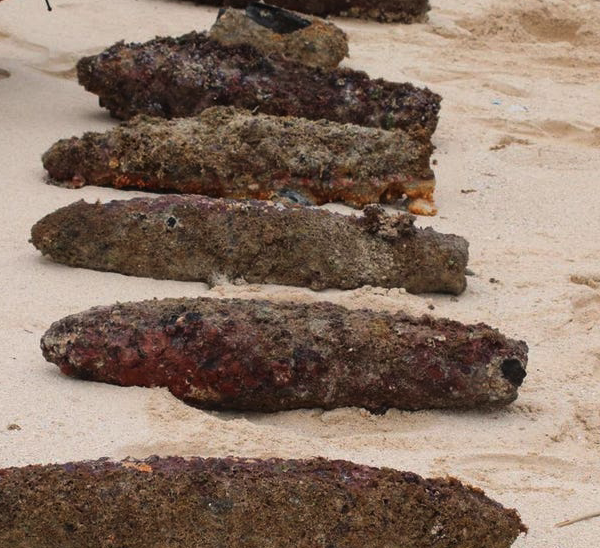Ten World War II era munitions removed from waters off Lanikai