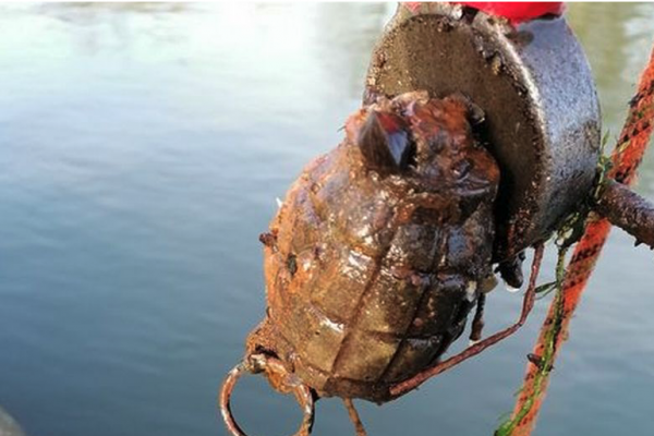 Unexploded hand grenade pulled from River Thames