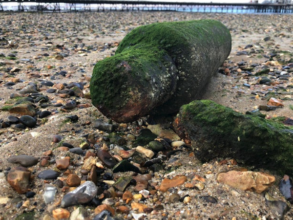 EOD called to unexploded ordnance (UXO) found along the seafront in Hardway, Gosport