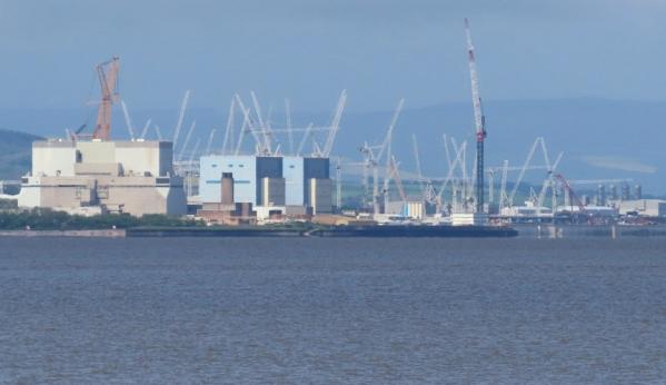 Controlled detonation of WW2 UXO on seabed near Hinkley Point