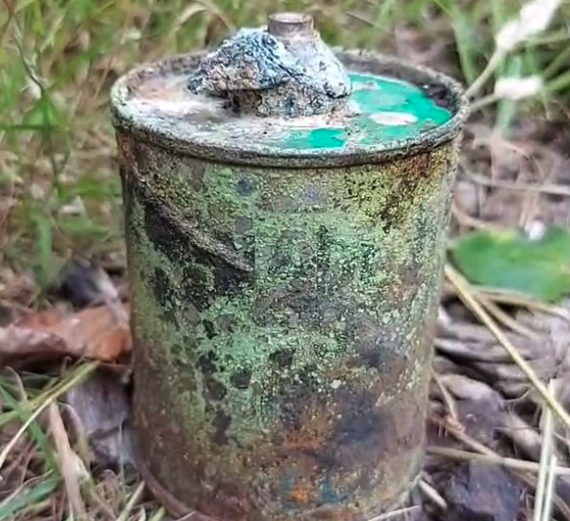 EOD team called after a suspected smoke grenade found in a canal in Oldham
